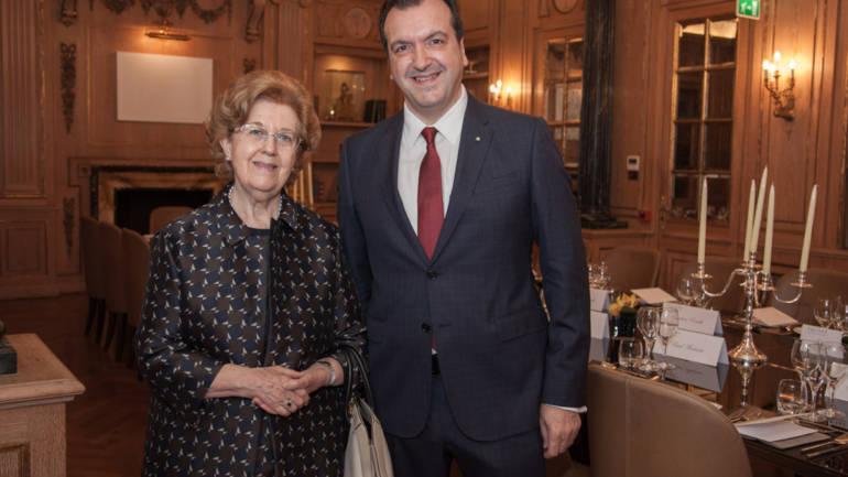 Cenacolo con Anna Maria Tarantola Presidente sezione italiana e presso la Santa Sede della Société des Membres de la Légion d'Honnueur