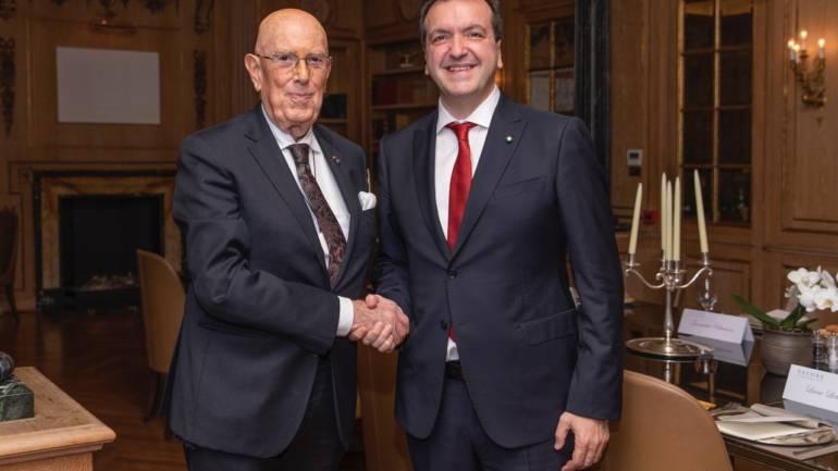 Cenacolo con Mario Boselli Presidente dell'Istituto Italo Cinese